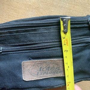 Vintage Bags - Vintage Fanny Pack